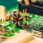 Мониторинг напряжения аккумулятора на микроконтроллере STM32.